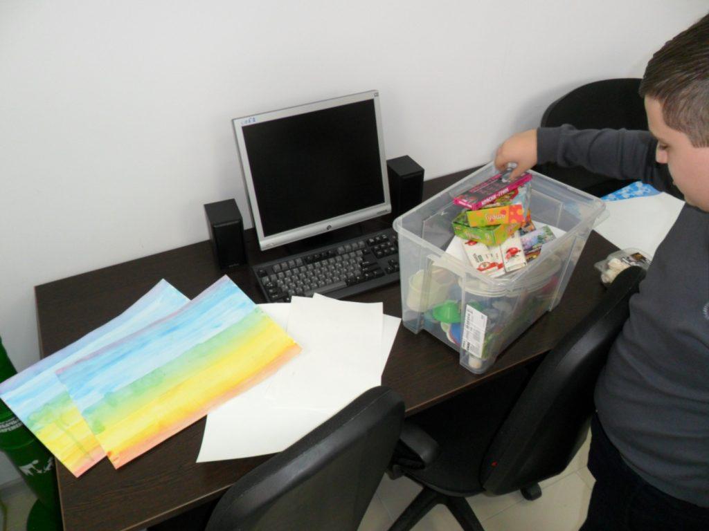Изображение к проведению занятия по изотерапии с подростками с ОВЗ в ЧУ ОДПО «Учебный центр ПиК»- 02