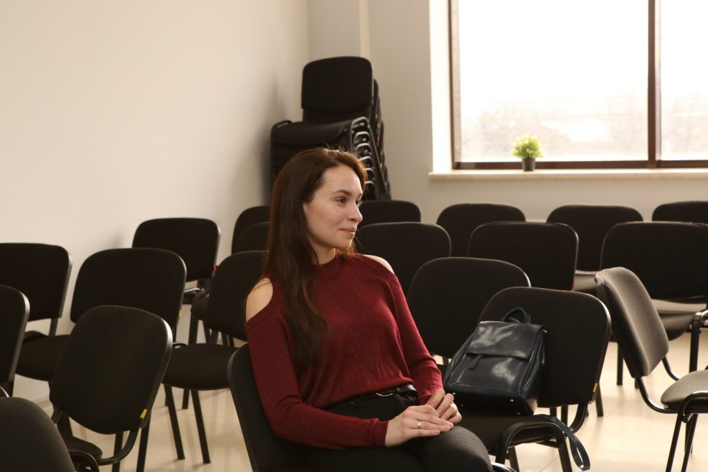 В ЧУ ОДПО «Учебный центр ПиК» прошла встреча молодых мам с психологом